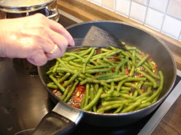 Kotelett mit Speckbohnen und Kartoffeln - Rezept - Bild Nr. 13