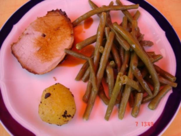 Lummerbraten gegrillt mit Rosmarinkartoffeln und Bohnen - Rezept