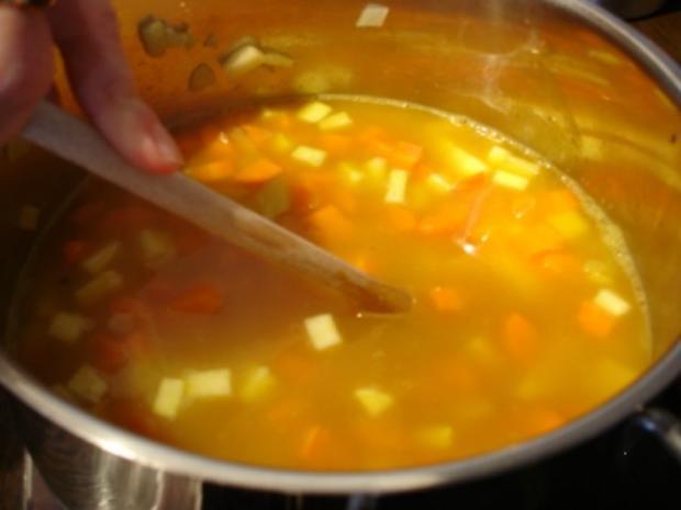 Möhrensuppe mit Fleischwurst - Rezept - Bild Nr. 9