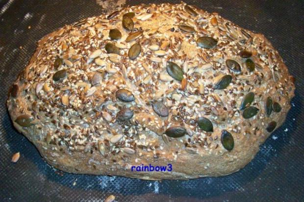 Backen: Dinkel-Körner-Brot (Sauerteig) - Rezept
