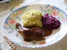 Hähnchenkeulen in Rotweinsoße - Rezept