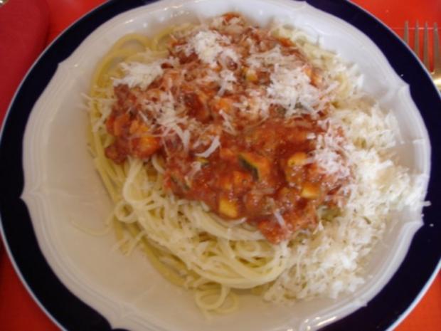 spaghetti mit rahm bolognese rezept mit bild. Black Bedroom Furniture Sets. Home Design Ideas