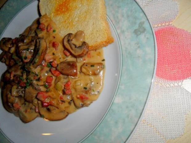 Champignons sauer; dazu Toast - Rezept - Bild Nr. 3
