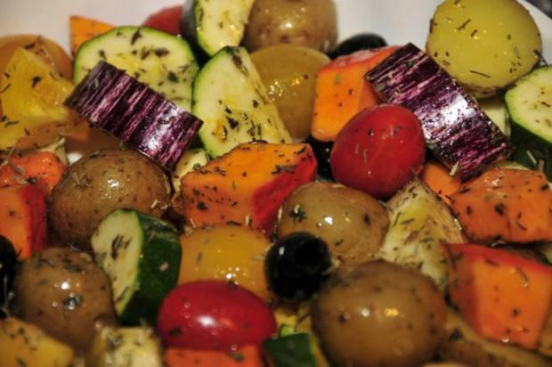 Dorade auf Ofengemüse mit Zitronenaioli - Rezept - Bild Nr. 6