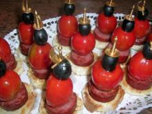 Chorizo-Oliven-Tomaten-Spieße - als Beilage zum Aperitif oder einfach nur so - Rezept