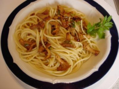 Spaghetti mit Pfifferlingen - Rezept