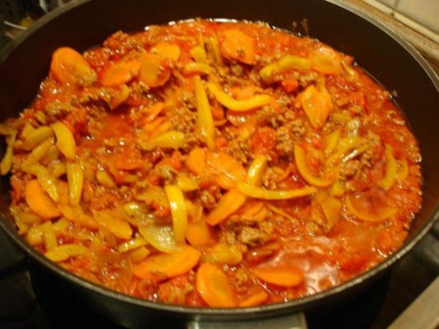 Spaghetti mit Hack-Gemüse-Sauce - Rezept - Bild Nr. 16