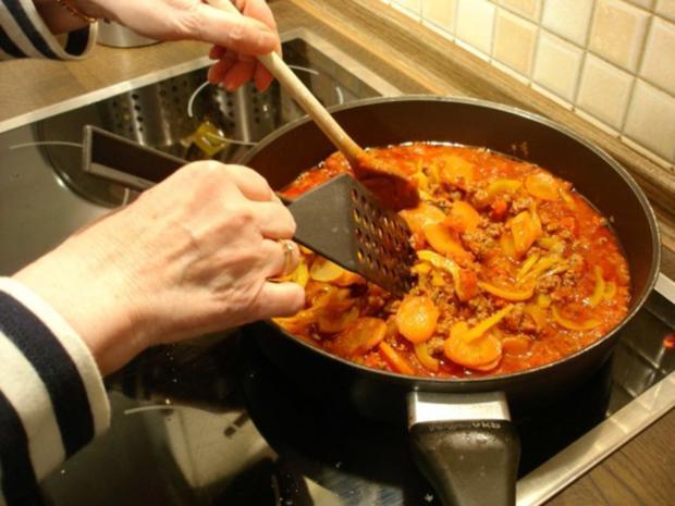 Spaghetti mit Hack-Gemüse-Sauce - Rezept - Bild Nr. 15