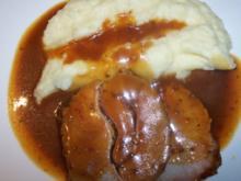 Schweinerollbraten an Kartoffelselleriepüree - Rezept