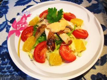 Großer bunter Salat mit Hühnchen ... - Rezept
