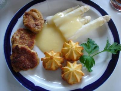 Schweinefilet mit Spargelspitzen und Herzogeinkartoffeln und Sauce Hollandaise - Rezept