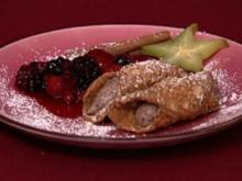 Cannoli Siciliana gefüllt auf Himbeerbett (Judith Hoersch) - Rezept