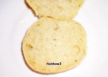 Backen: Brötchen mit Frischkäse und Kräutern - Rezept