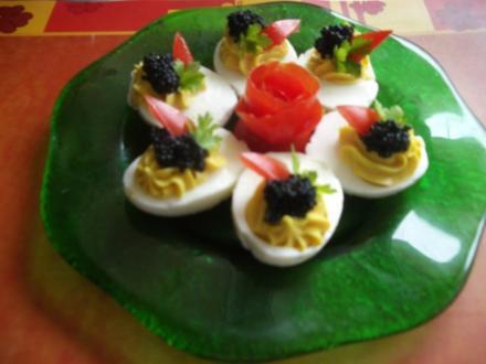 gefüllte Eier mit Kaviar - Rezept