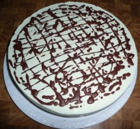 Frischkäse-Torte -Waldmeister - Rezept