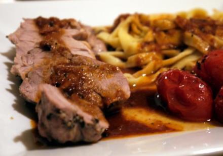 Cassis-Schweinchen (NT) mit Tagliatelle - Rezept