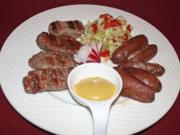 Mititei mit hausgemachten Kartoffelecken und selbstgemachtem Krautsalat - Rezept