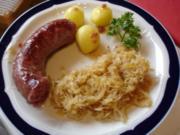 Schwartenwurst mit Sauerkraut und Kartoffeln - Rezept