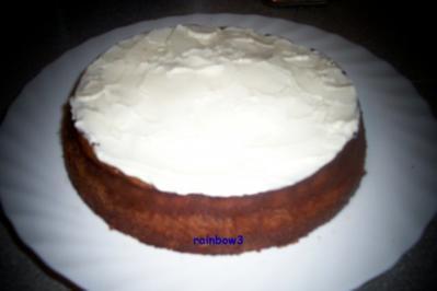 Backen: Frischkäse-Mini-Torte mit Decke - Rezept