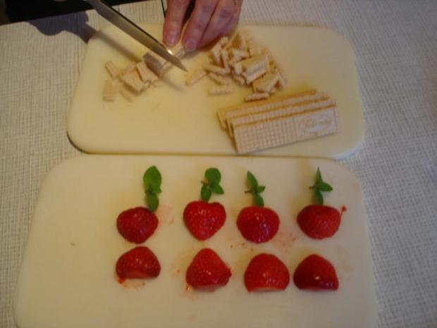 Erdbeer-Quark-Dessert - Rezept - Bild Nr. 10