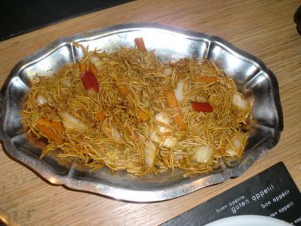 China-Menü: Gemüse-Nudel-Teller - Rezept