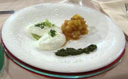 Quark-Limettencrème mit Ananas und Minzpesto à la Henssler - Rezept