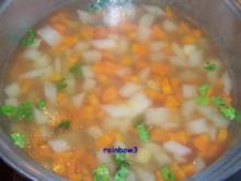 Kochen: Gemüsesuppe mit Rinderbrühe - Rezept