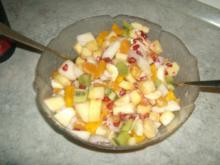 Obstsalat mit Schuß - Rezept