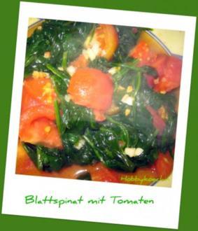 Beilage - Frischer Blattspinat mit Tomaten und Knobi - Rezept