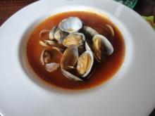 Venusmuscheln in Tomaten-Weisswein-Sud - Rezept