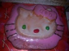 Hello Kitty- Motivkuchen - Rezept