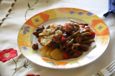 Gulasch unter einer Kartoffelhaube - Rezept