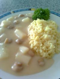 Hühnerfrikasse mit Curryreis - Rezept