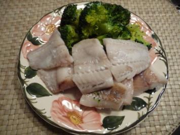 Küchenfee - Rezepte : gedünsteten Alaska-Seelachs mit Broccoli - Rezept