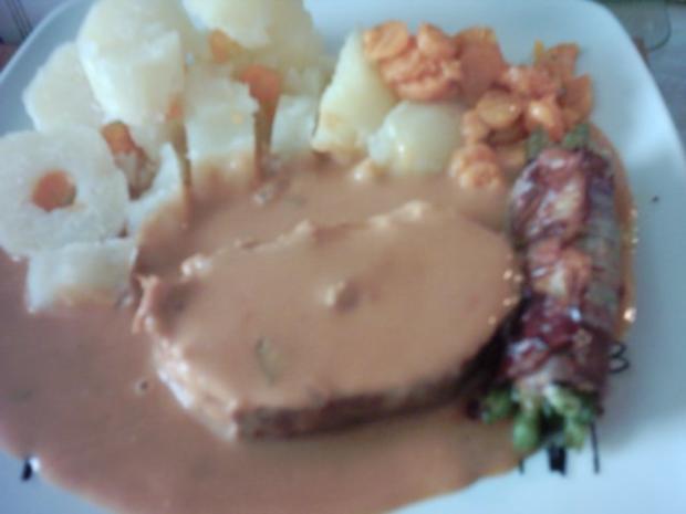 Schweinefleisch mit gefüllten Salzkartoffeln,Gemüserahmsoße,Buttermöhren und Bohnen im Spe - Rezept - Bild Nr. 10
