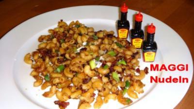 MAGGI-Nudeln mit Speck und Vollkornbroesel - Rezept