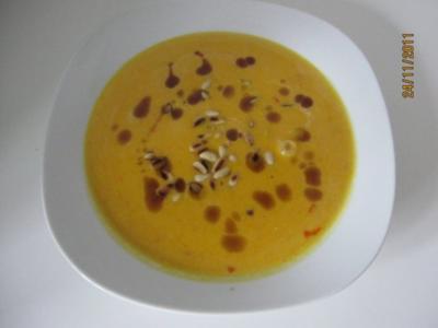 kürbiscremesuppe mit kokosmilch