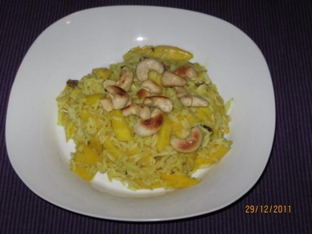 Curryreis mit Mango, Cashews und Rosinen - Rezept