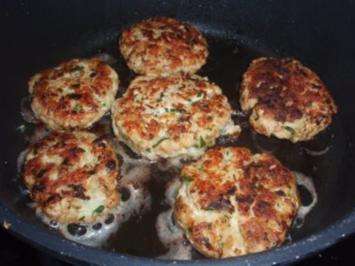 Rezept: Fleisch: Hühner - Kokos - Burgern