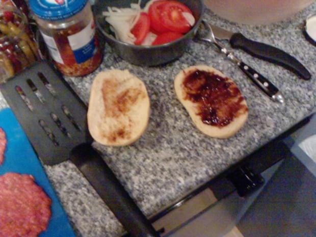 Semmel-Burger Diavolo - Rezept - Bild Nr. 4