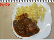 Fleischgerichte:Gulasch mit Ochsenschwanz - Rezept