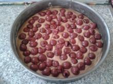 Kirschkuchen mit Haselnuss-Baiser - Rezept