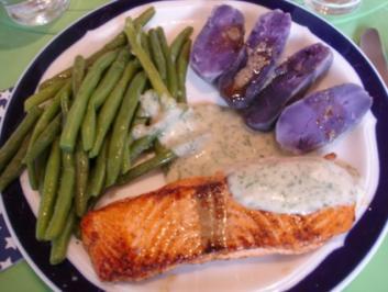 Lachsfilet mit Dillsauce, grünen Bohnen und Kartoffeln - Rezept