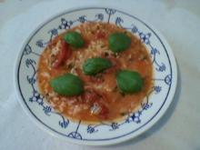 Tomatensuppe mir Reis und Basilikum - Rezept