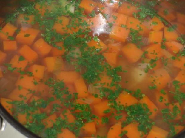 Suppe : Gemüsesuppe mit Grießklößchen - Rezept - Bild Nr. 2
