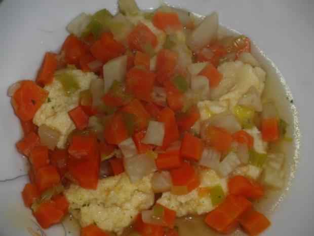 Suppe : Gemüsesuppe mit Grießklößchen - Rezept - Bild Nr. 4