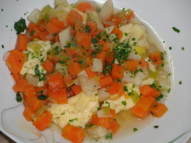 Suppe : Gemüsesuppe mit Grießklößchen - Rezept - Bild Nr. 5