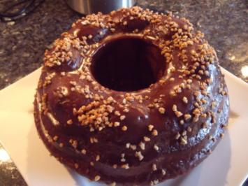 Kuchen: Baileys-Gugelhupf mit Krokant - Rezept