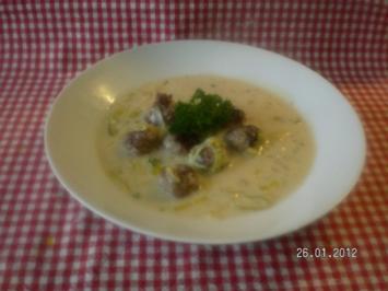 Porreesuppe mit Mettbällchen - Rezept