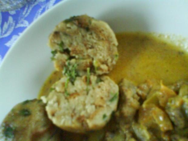 Gemüsiges Geschnetzeltes von Schwein und Rind mit in Nußbutter geschwenkten Kräuterknödeln - Rezept - Bild Nr. 16